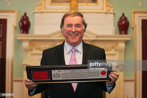 Sir Terry Wogan is presented with the Freedom of the City award in Mansion House on December 14 2009 in London England Sir Terry received the award...
