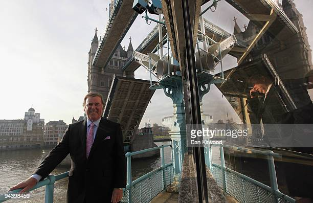 Sir Terry Wogan poses for a picture on London's Tower Bridge on December 14 2009 in London England Sir Terry was invited to raise the bridge after...