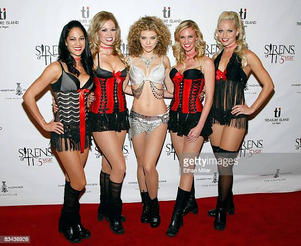 Sirens of TI cast members Kimi Bateman and Mindy Memory actress AnnaLynne McCord and cast members Stacey Kane and Tiffany Coyne arrive at Christian...
