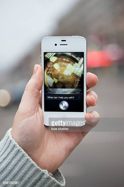 siri - iphone 4s - siri mobile app stock pictures, royalty-free photos & images