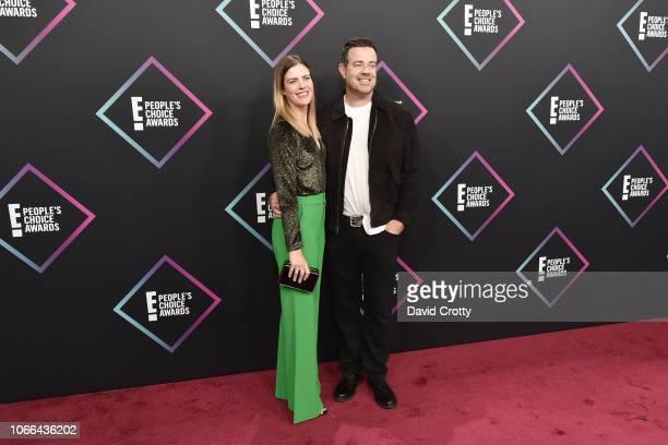Siri Pinter and Carson Daly arrive at E People's Choice Awards at Barker Hangar on November 11 2018 in Santa Monica California