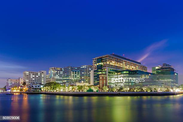siriraj hospital building - siriraj hospital stock pictures, royalty-free photos & images