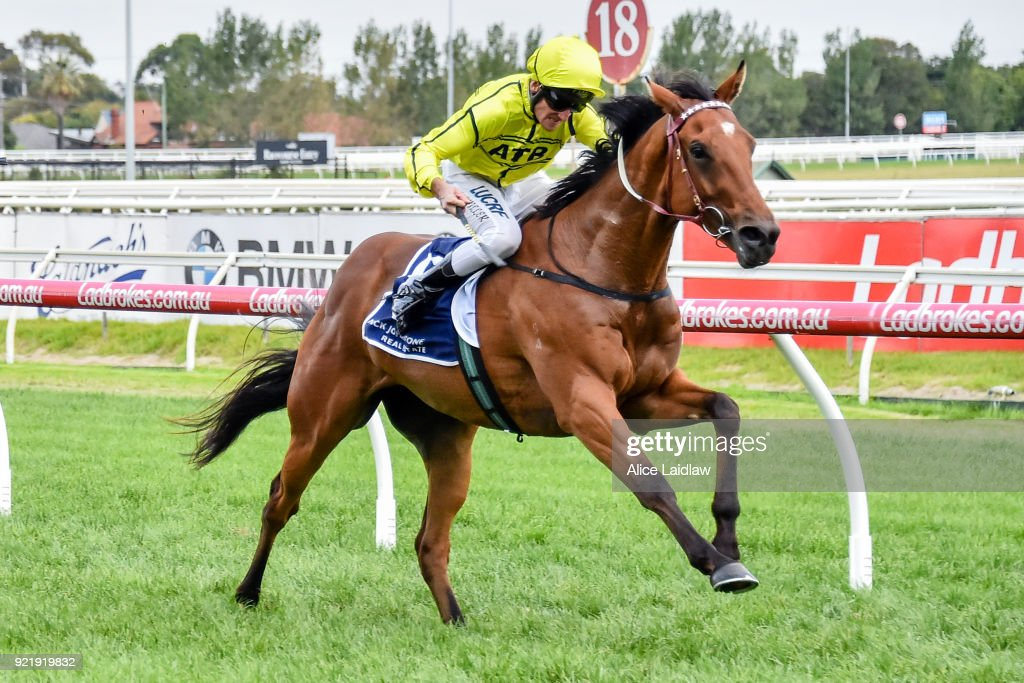 Nick Johnstone Real Estate BM64 Handicap : News Photo