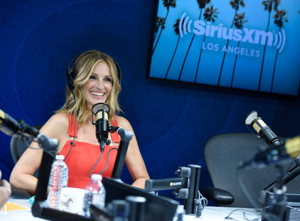 """CA: SiriusXM Launches """"The Jess Cagle Show"""" With Julia Roberts Live From The SiriusXM Hollywood Studios In Los Angeles"""