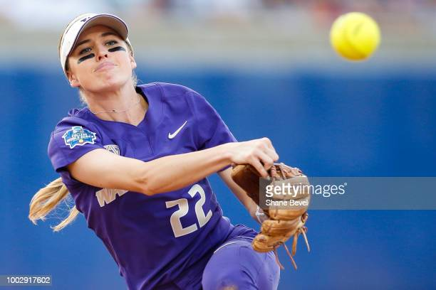 Sis Bates of Washington throws to first base during the Division I Women's Softball Championship held at USA Softball Hall of Fame Stadium OGE Energy...