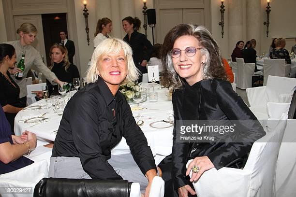 Sissel Tolaas Und Angelica Blechschmidt Beim Rena Lange Ladies Lunch Im Hotel De Rome In Berlin