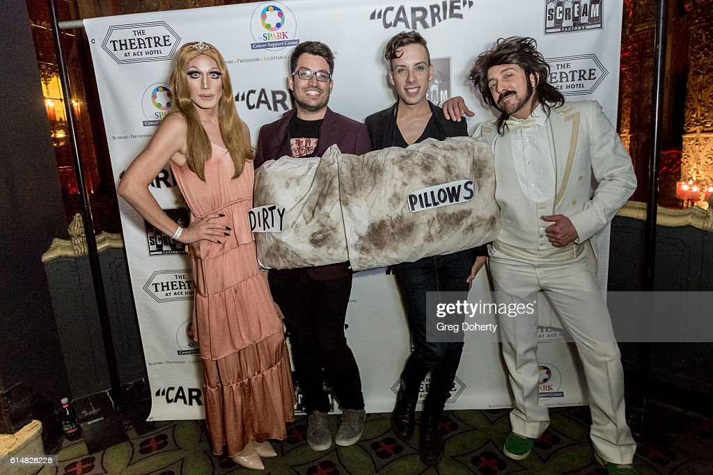 """40th Anniversary Screening, Cast Reunion, And Q&A For """"Carrie"""" - After Party : Fotografía de noticias"""