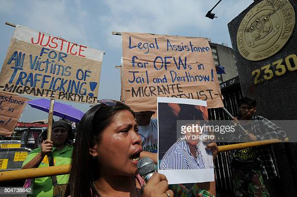 Sister of Filipina Mary Jane Veloso who is on death row in Indonesia joins Philippine leftists in front of the Department of Foreign Affairs in...