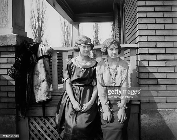 Sister pose together ca 1925