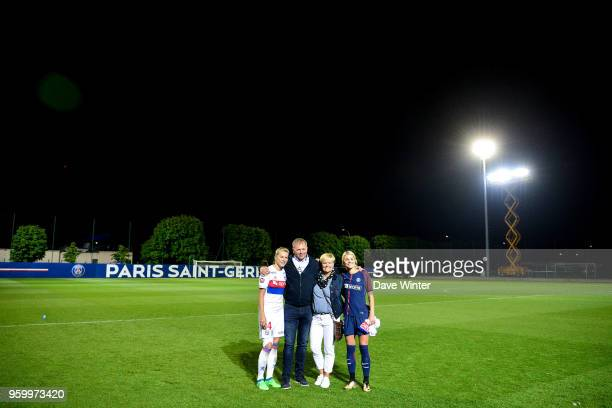 Sisters Ada Hegerberg of Lyon and Andrine Hegerberg of PSG with their parents following the French Women's Division 1 match between Paris Saint...
