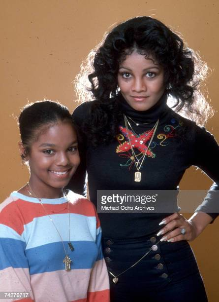 Sisters and pop singers Janet Jackson and LaToya Jackson pose for a portrait session on July 7 1978 in Los Angeles California