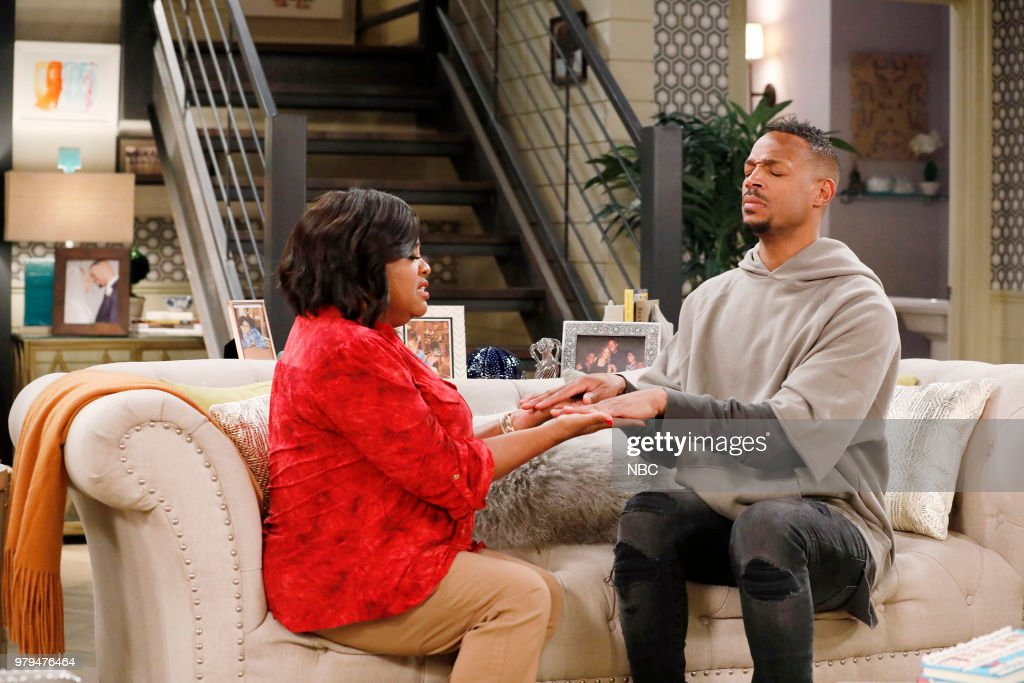 MARLON -- 'Sisters' Episode 202 -- Pictured: (l-r) Sherri Shepherd as Lenora, Marlon Wayans as Marlon Wayne --