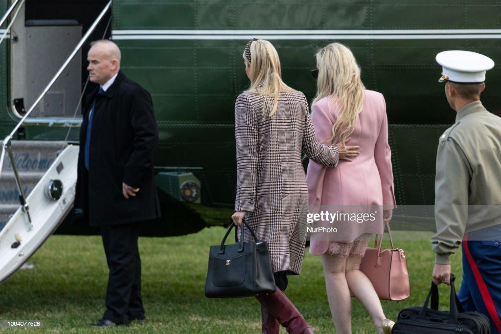 President Trump And Family Depart White House For Thanksgiving Break : News Photo