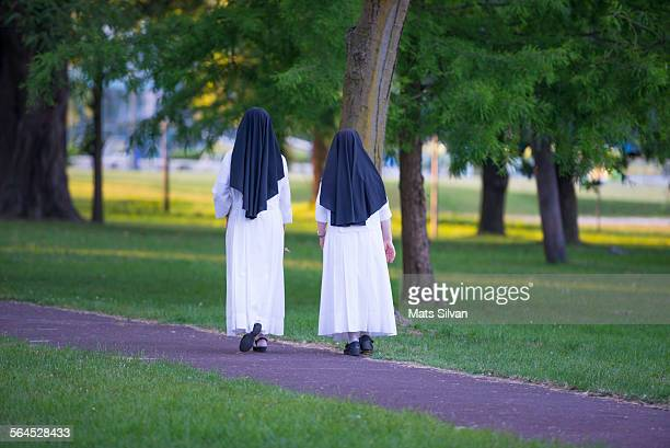 sisters - nun stock photos and pictures