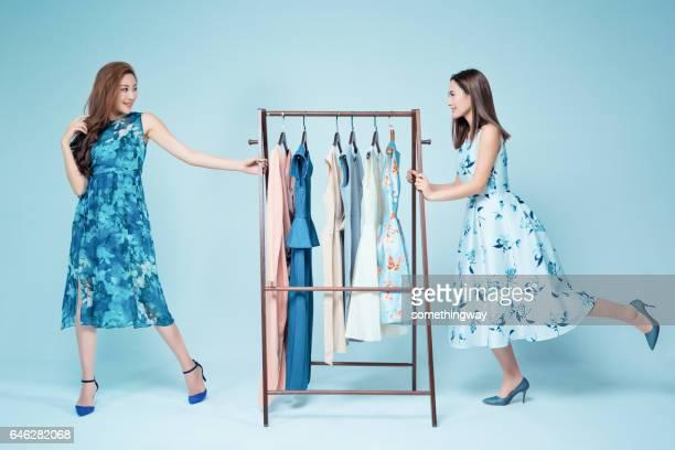 Zusters Toon kleding