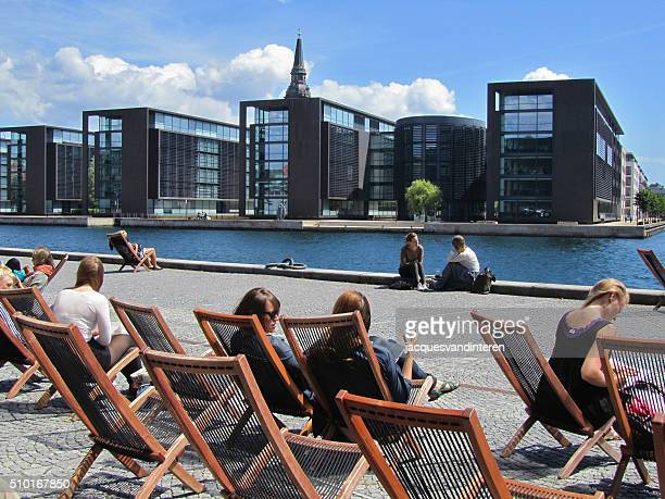 Sitzbereich am Wasser in Kopenhagen
