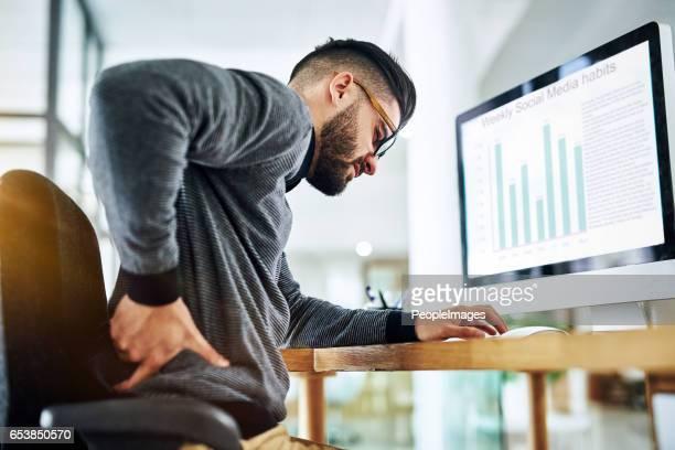 Sitzung für kann zu lange unerträgliche Rückenschmerzen auslösen.