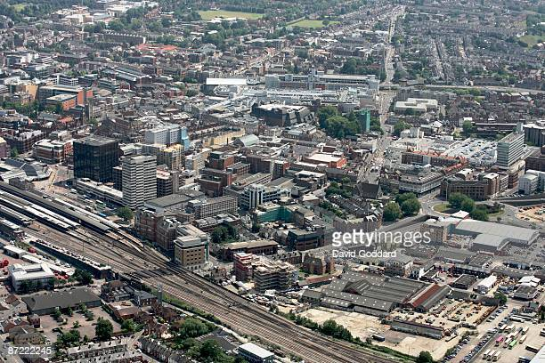 Situated on the River Thames is the Berkshire town of Reading on 16th June 2006