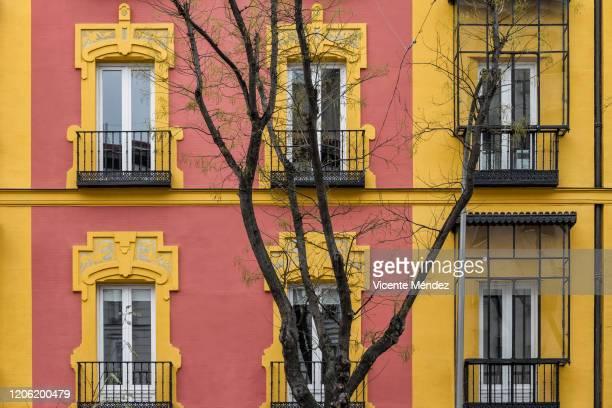 six balconies - vicente méndez fotografías e imágenes de stock