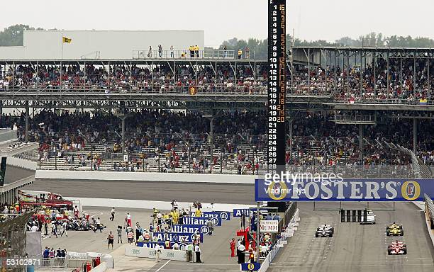 Six cars line up for the start of the United States F1 Grand Prix at the Indianapolis Motor Speedway on June 19, 2005 in Indianapolis, Indiana.