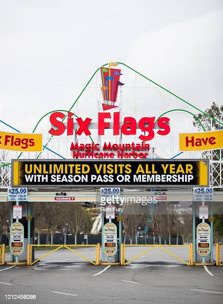 Six Flags Magic Mountain Photos And Premium High Res Pictures Getty Images