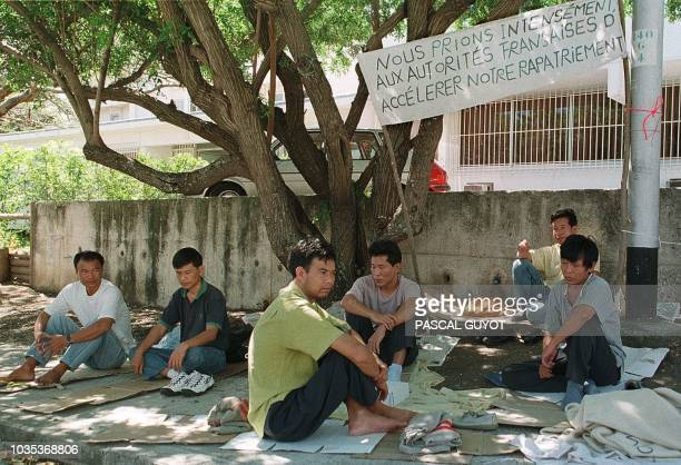 Six of 110 Chinese boat people who arrived illegally in New Caledonia in November 1997 have started a hunger strike in their detemtion center to ask...