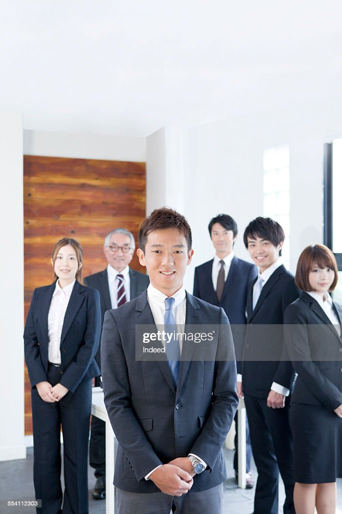 six people making a pose ストックフォト getty images