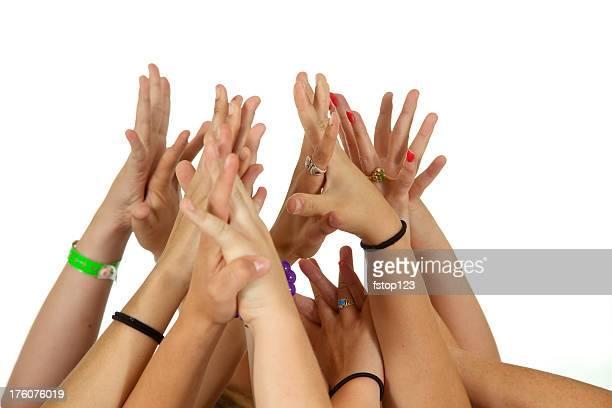 seis personas de manos sosteniendo la adhesión a la unión de voluntarios votación - manos en el aire fotografías e imágenes de stock