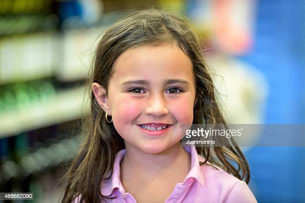 six years old hispanic little girl - 6 7 years stock pictures, royalty-free photos & images