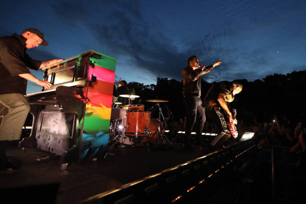 NZL: New Zealanders Attend SIX60 Saturdays Outdoor Concert
