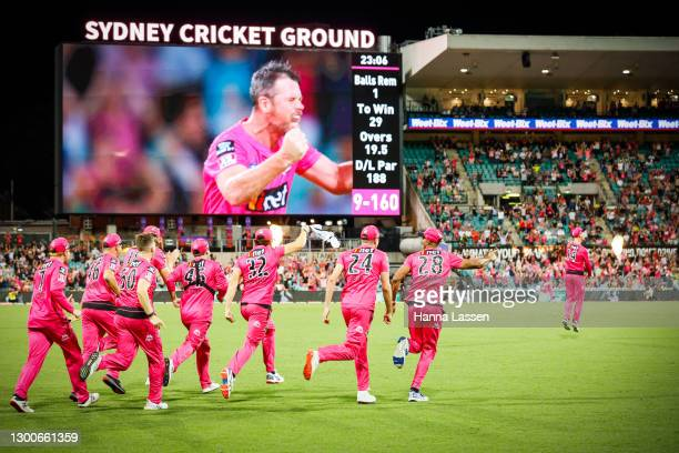 Sixers players celebrate victory after winning the Big Bash League Final match between the Sydney Sixers and the Perth Scorchers at the Sydney...