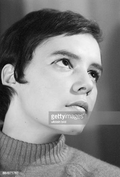 Sixties black and white photo people young girl portrait 18 to 22 years Monika