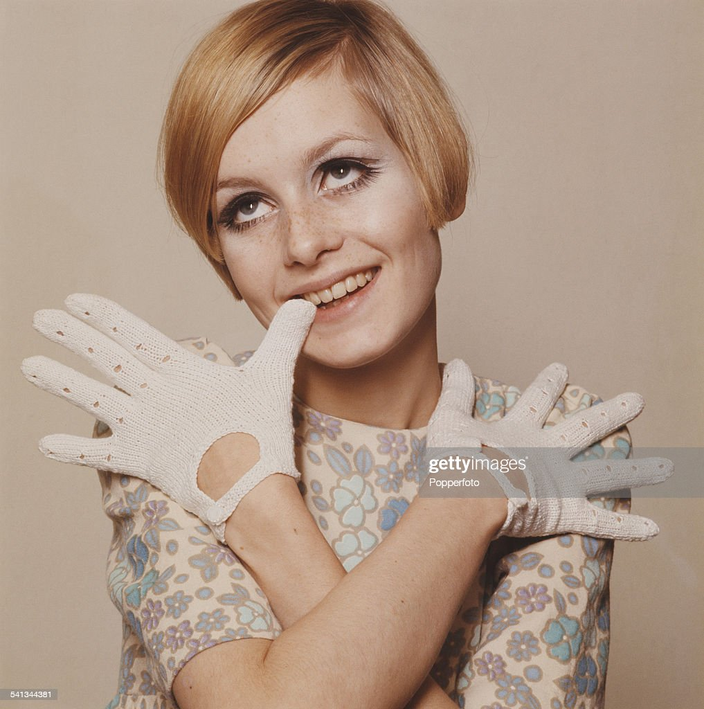 Sixties Fashion Twiggy Models A Cream Summer Dress With Blue