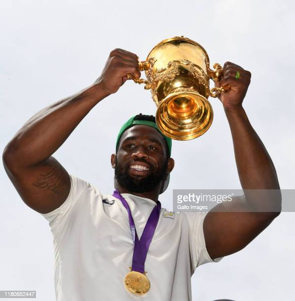 Siya Kolisi Captain of the South Africa rugby team celebrates during the Rugby World Cup 2019 Champions Tour on November 7 2019 in Gauteng South...