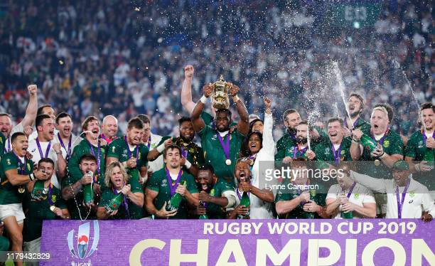Siya Kolisi of South Africa lifts the Webb Ellis Trophy after the Rugby World Cup 2019 Final between England and South Africa at International...