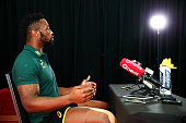 wellington new zealand siyamthanda kolisi speaks