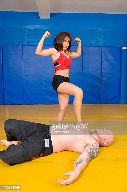 size matters - wrestling stock pictures, royalty-free photos & images