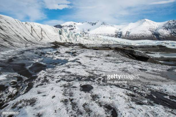 skaftafell in vatnajokull (vatnajökull) glacier the largest and most voluminous ice cap in iceland. - skaftafell national park stock photos and pictures