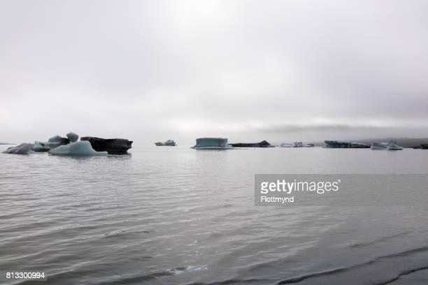 skaftafellsjokull glacier lagoon - austurland stock pictures, royalty-free photos & images