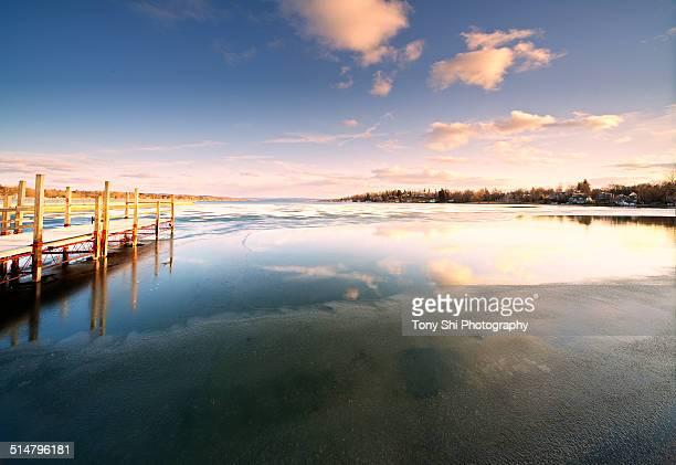 skaneateles lake - スカネアトレス湖 ストックフォトと画像