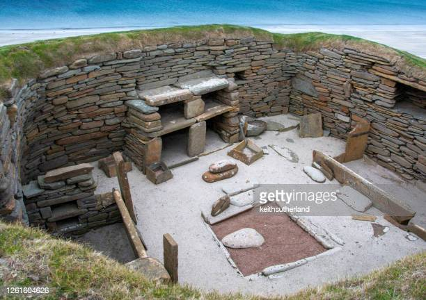 skara brae home, orkney islands, scotland, uk - bay of water stock pictures, royalty-free photos & images