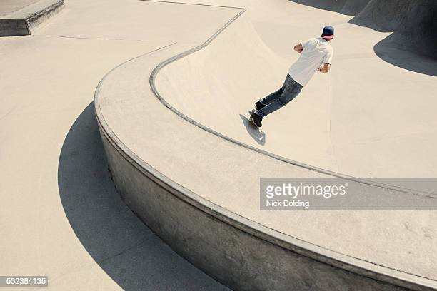 skate park 02 - skating stock pictures, royalty-free photos & images