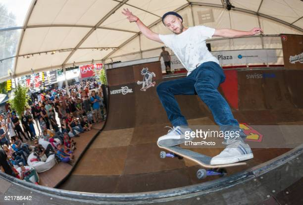Skateboarder at Freestyle.ch