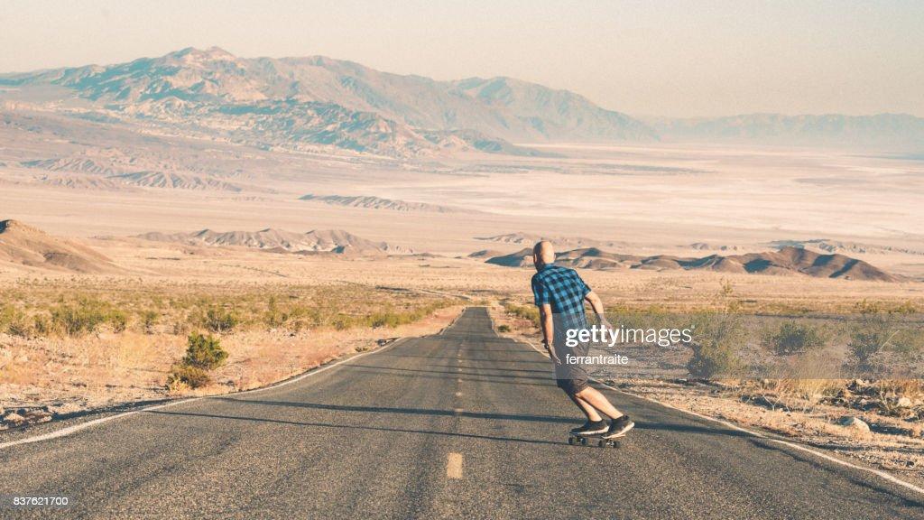 Skateboarding Death Valley : Stock Photo