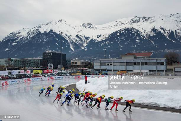 Skaters compete in the Ladies Mass Start during day two of the ISU Junior World Cup Speed Skating at Olympiaworld Ice Rink on January 28, 2018 in...