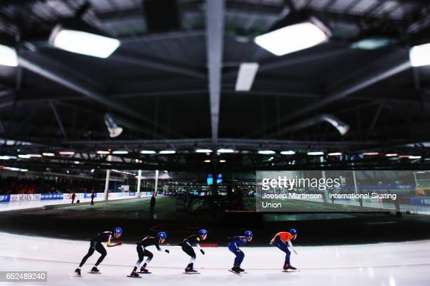 Skaters compete in the Men's Mass Start during day 2 of the ISU World Cup Speed Skating at Soermarka Arena on March 12 2017 in Stavanger Norway