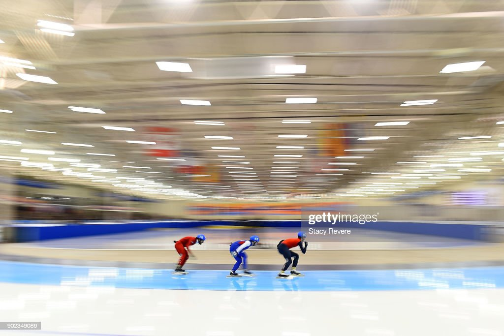 Skaters compete in the Men's Mass Start event during the Long Track Speed Skating Olympic Trials at the Pettit National Ice Center on January 7, 2018 in Milwaukee, Wisconsin.