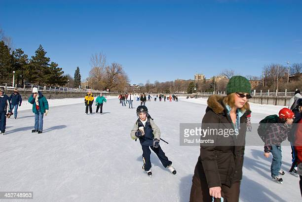 CONTENT] Skating on the frozen Rideau Canal La Plus Grande Patinoire du Monde in Ottawa