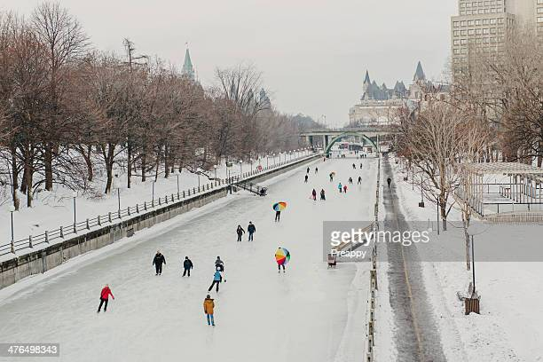 skating on the rideau canal skateway - リドー運河 ストックフォトと画像
