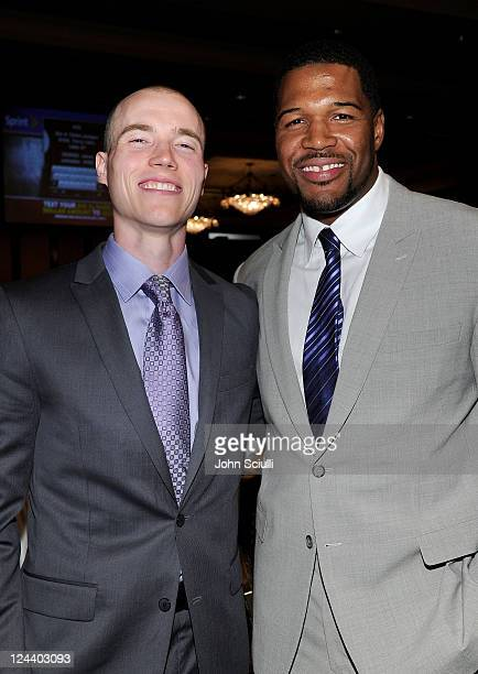 DJ Skee and former NFL player Michael Strahan attend the 2011 Cedars Sinai Sports Spectacular at Hyatt Regency Century Plaza on May 22 2011 in...